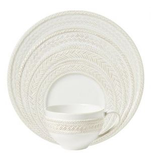 Le Panier Whitewash Dinnerware